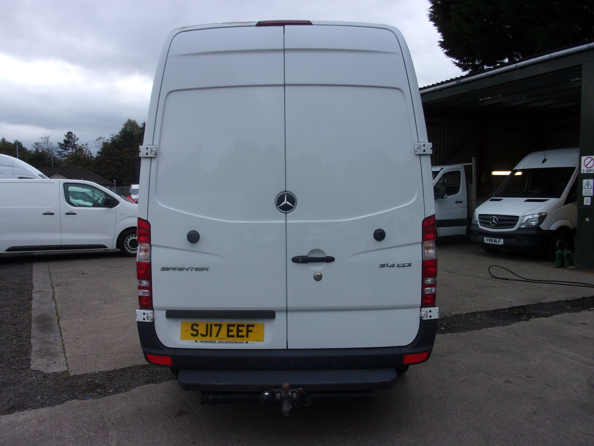 2017 Mercedes-Benz Sprinter 314 CDI MWB HIGH ROOF EURO 6 (SJ17EEF) Image 10