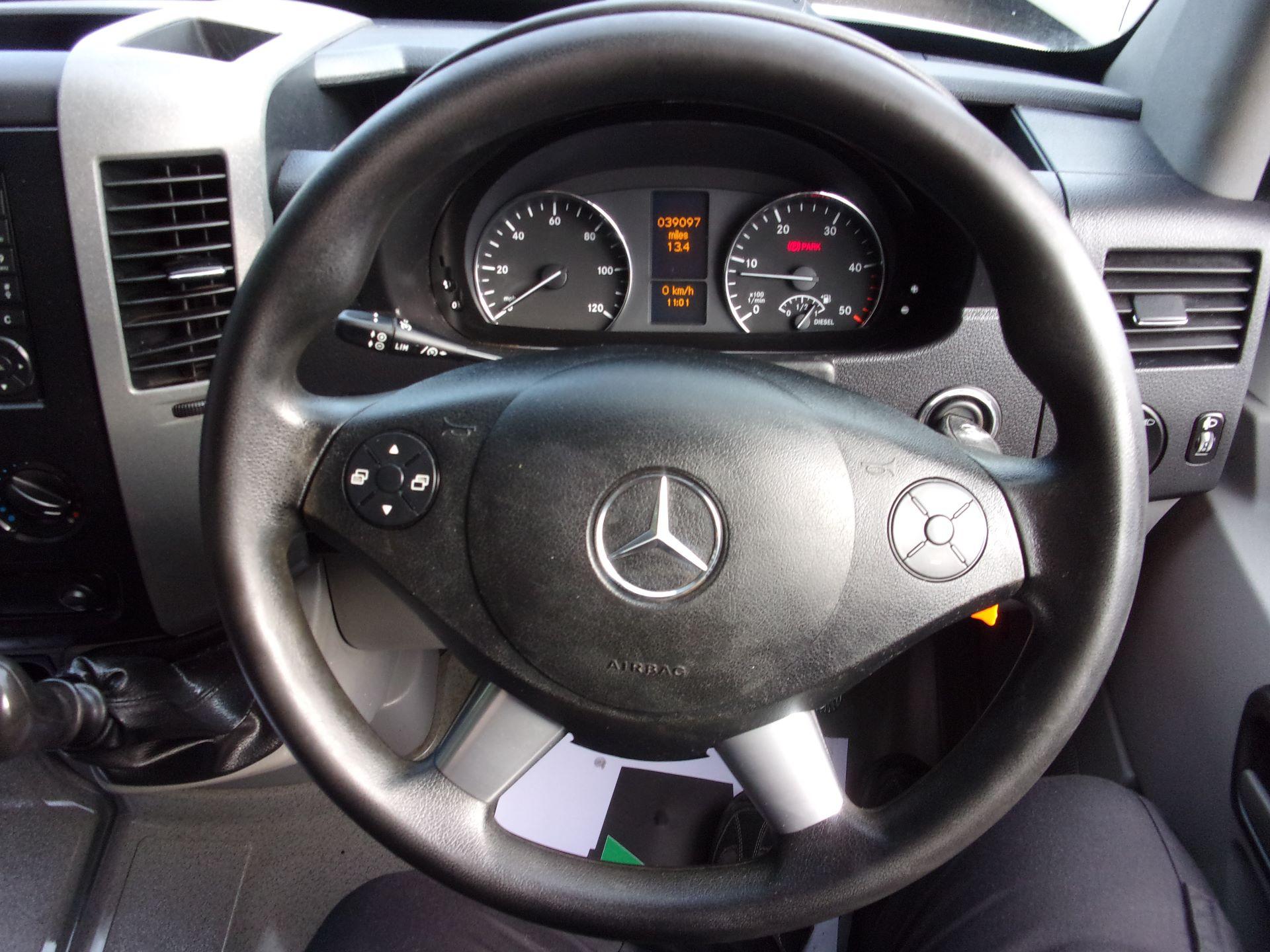 2017 Mercedes-Benz Sprinter 314 CDI MWB HIGH ROOF EURO 6 (SJ17EEG) Image 5