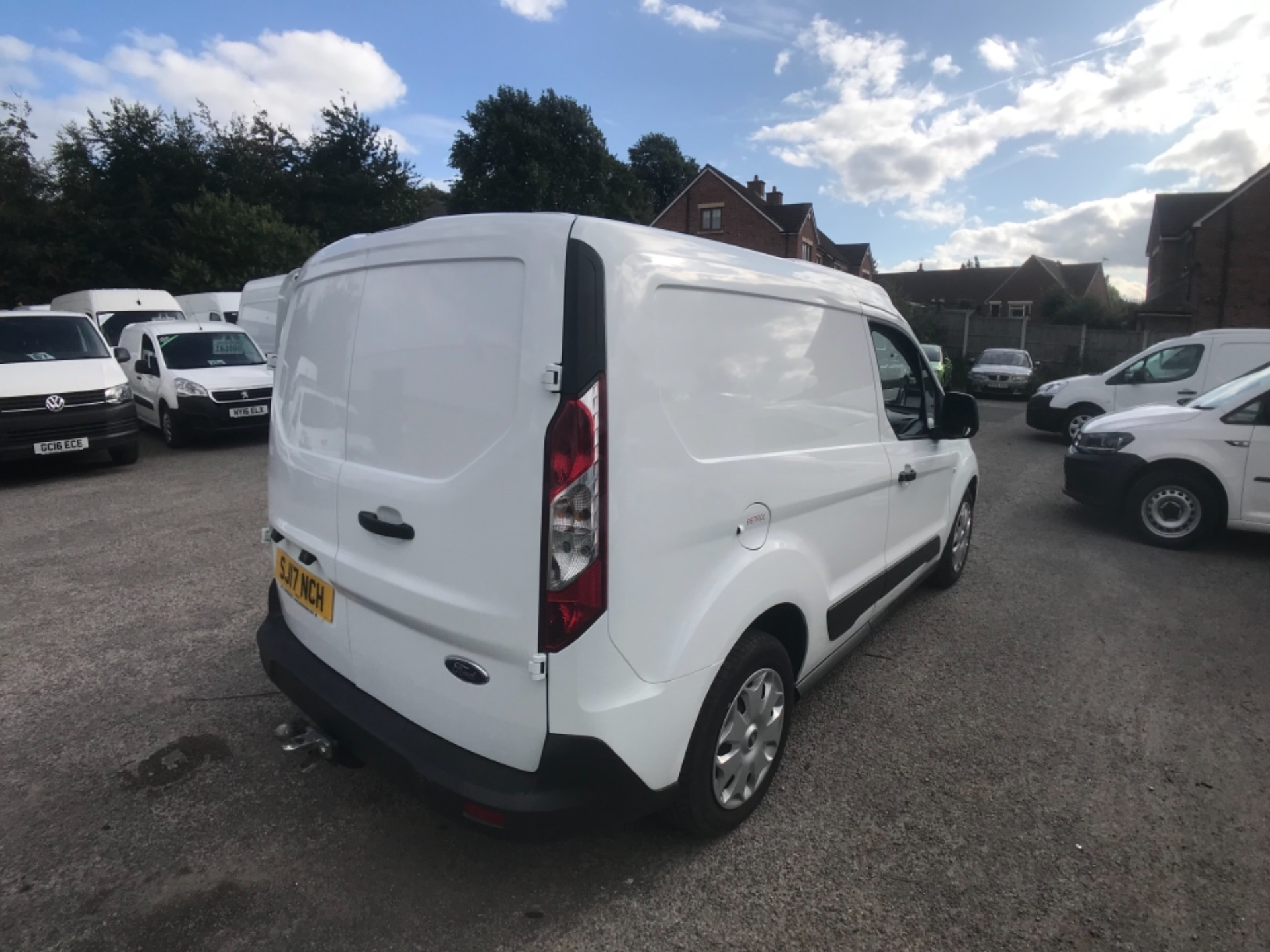 2017 Ford Transit Connect L1 200 1.0  100Ps Trend Van PETROL EURO 5 (SJ17NCH) Image 6