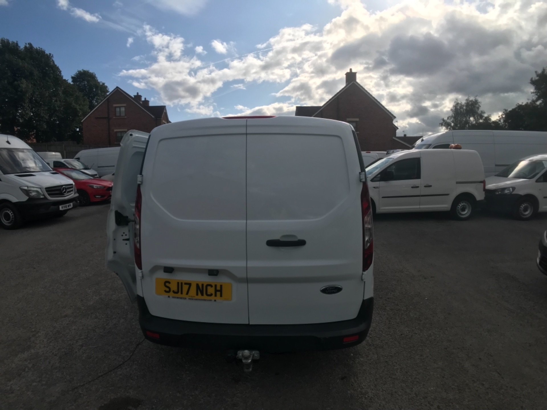 2017 Ford Transit Connect L1 200 1.0  100Ps Trend Van PETROL EURO 5 (SJ17NCH) Image 7