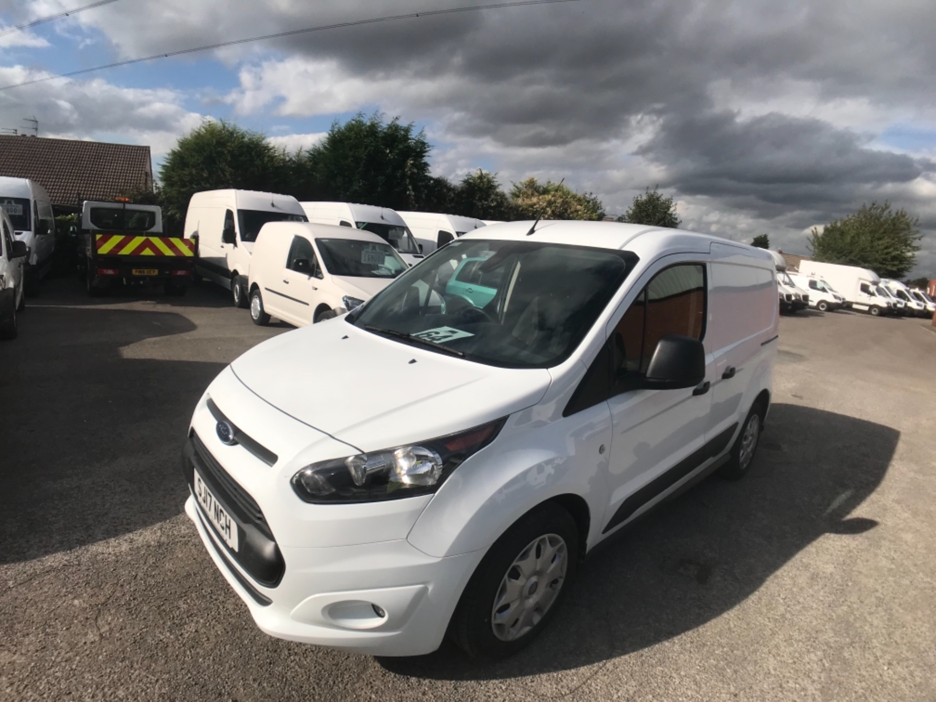 2017 Ford Transit Connect L1 200 1.0  100Ps Trend Van PETROL EURO 5 (SJ17NCH) Image 3