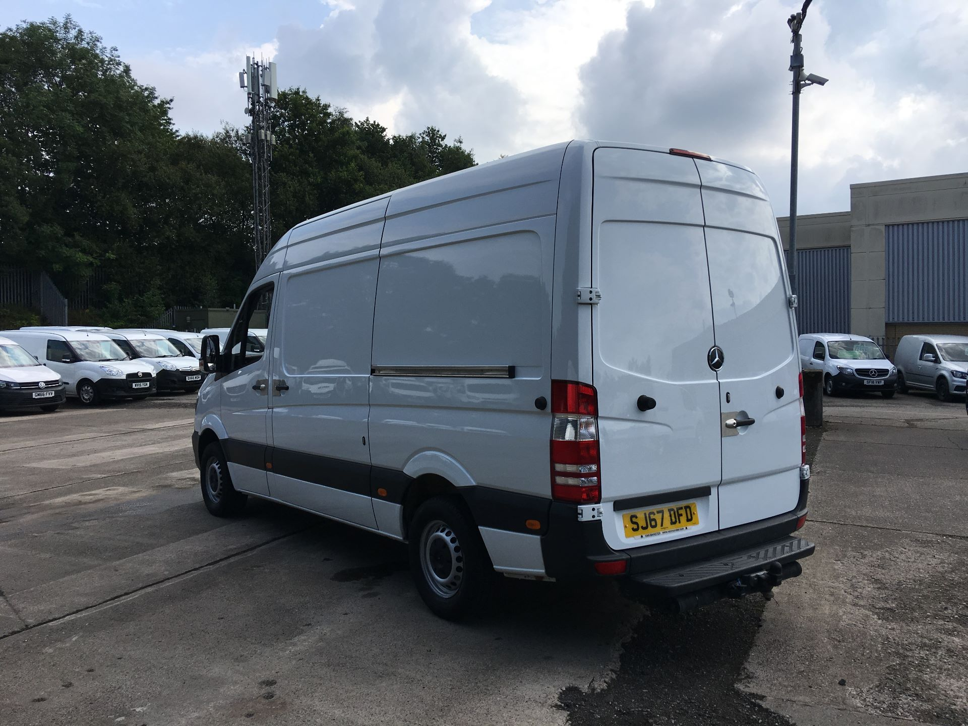 2017 Mercedes-Benz Sprinter 314 CDI MWB HIGH ROOF VAN EURO 6 (SJ67DFD) Image 12