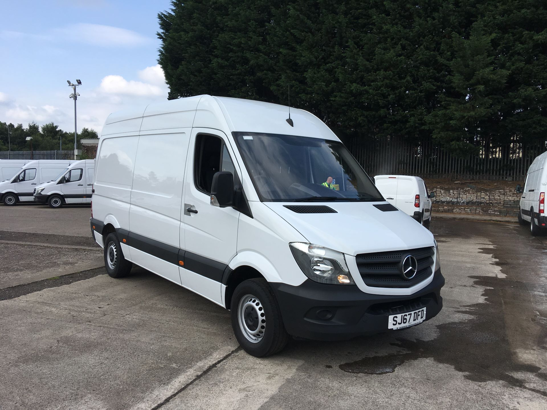 2017 Mercedes-Benz Sprinter 314 CDI MWB HIGH ROOF VAN EURO 6 (SJ67DFD)