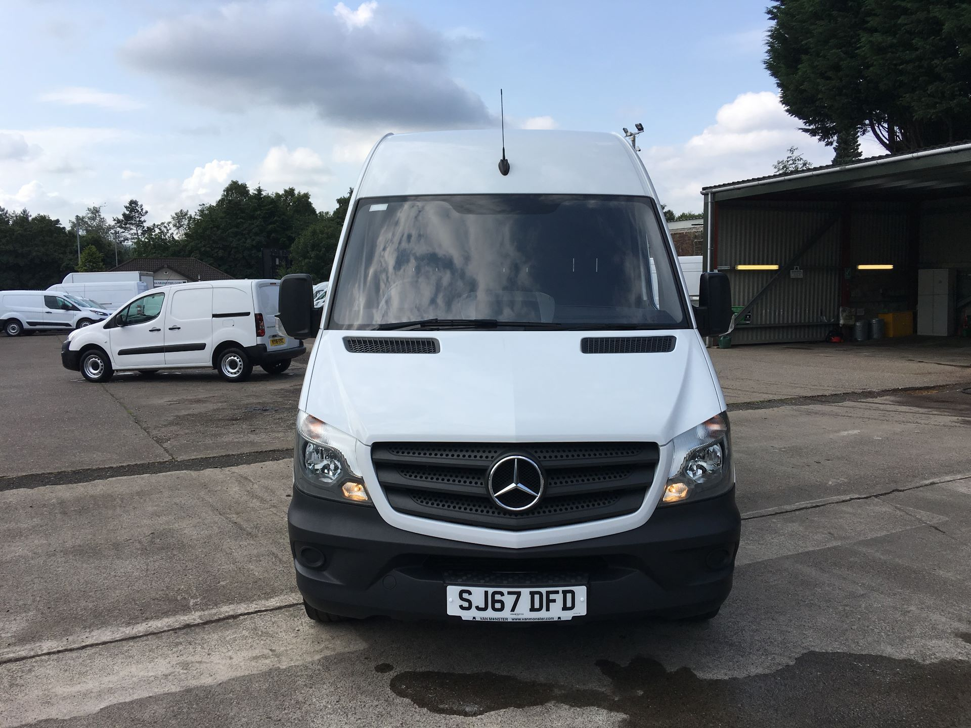 2017 Mercedes-Benz Sprinter 314 CDI MWB HIGH ROOF VAN EURO 6 (SJ67DFD) Image 16