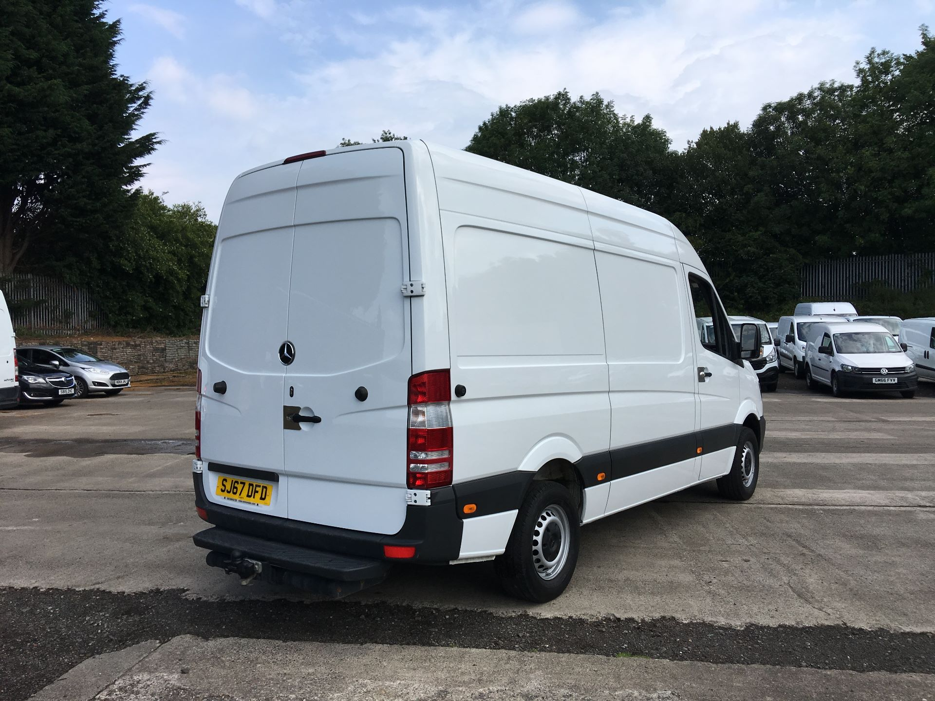 2017 Mercedes-Benz Sprinter 314 CDI MWB HIGH ROOF VAN EURO 6 (SJ67DFD) Image 10
