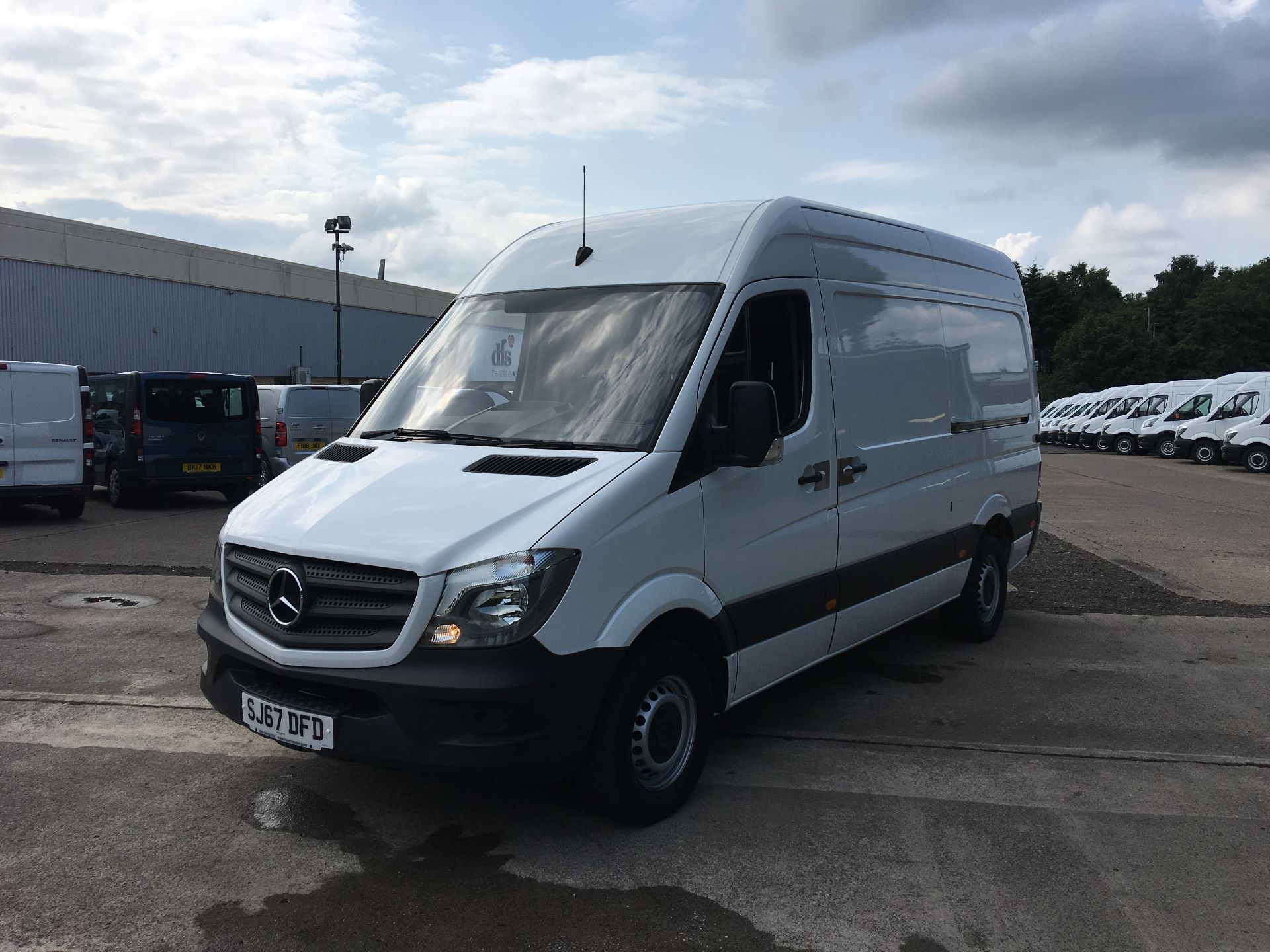 2017 Mercedes-Benz Sprinter 314 CDI MWB HIGH ROOF VAN EURO 6 (SJ67DFD) Image 15