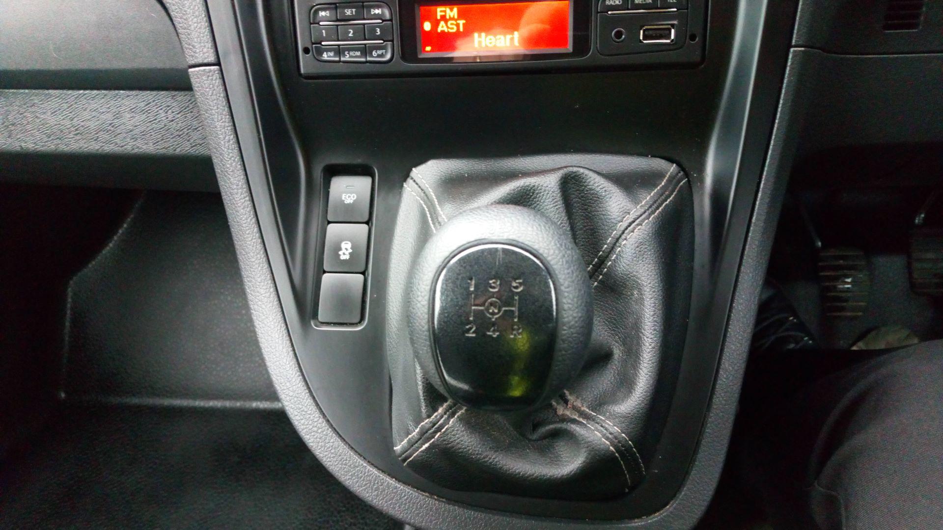 2017 Mercedes-Benz Citan 109 CDI BLUE EFFICIENCY 90PS VAN (SJ67DKK) Image 18