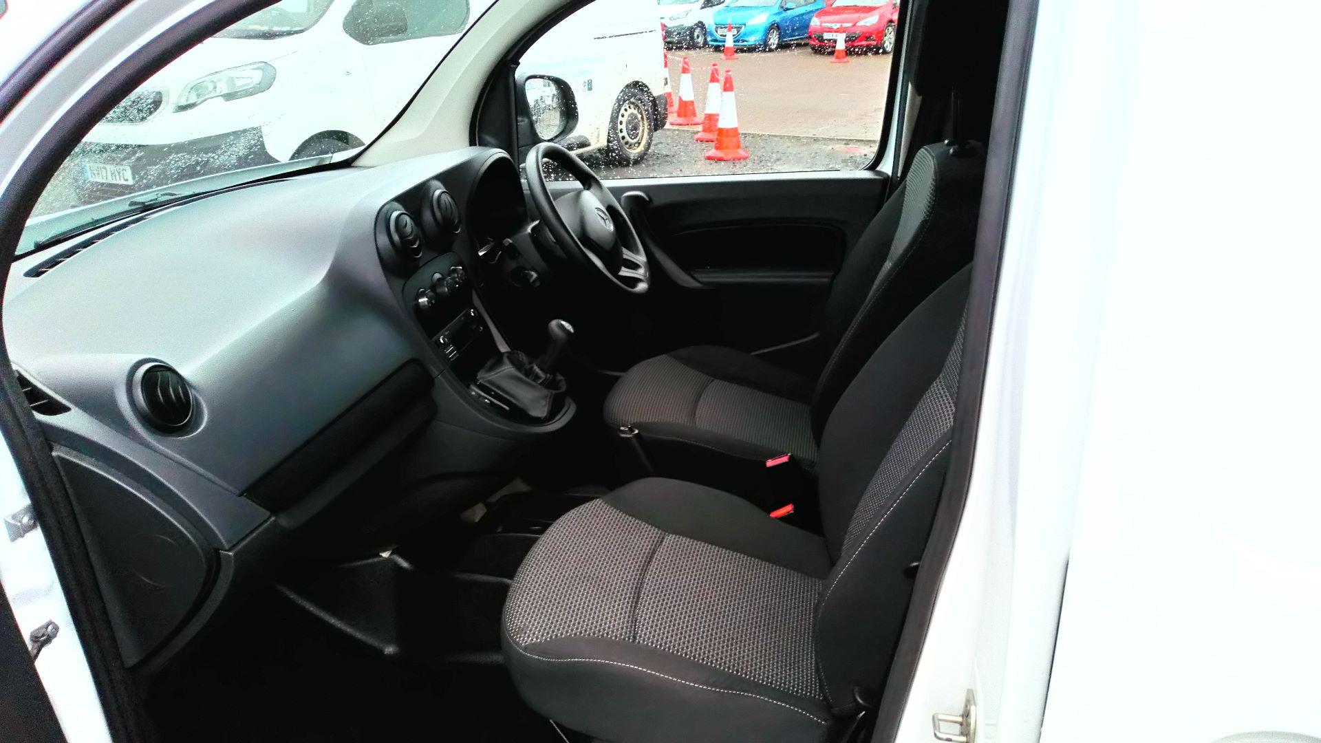 2017 Mercedes-Benz Citan 109 CDI BLUE EFFICIENCY 90PS VAN (SJ67DKK) Image 11