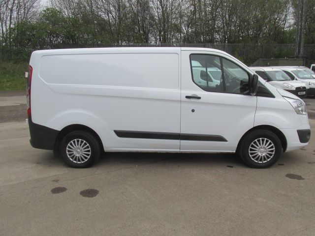 2015 Ford Transit Custom 270 2.2 Tdci 125Ps Low Roof Trend Van (SK15NYZ) Image 10