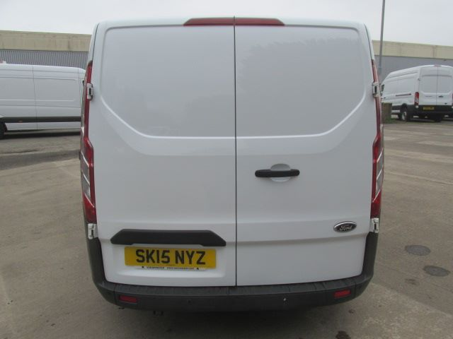 2015 Ford Transit Custom 270 2.2 Tdci 125Ps Low Roof Trend Van (SK15NYZ) Image 13