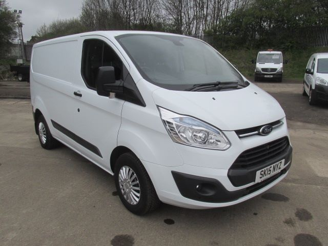 2015 Ford Transit Custom 270 2.2 Tdci 125Ps Low Roof Trend Van (SK15NYZ) Image 1