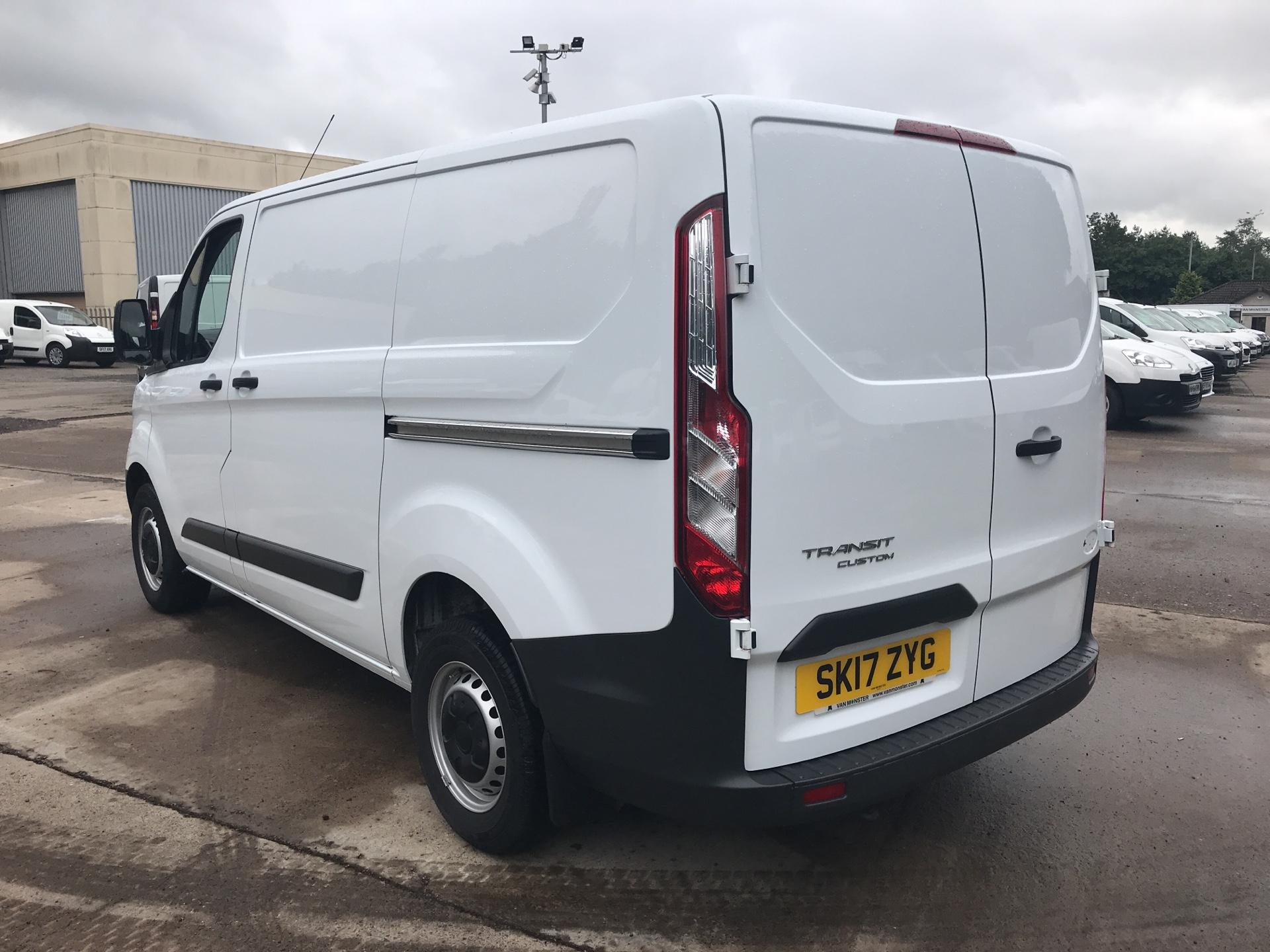 2017 Ford Transit Custom 270 L1 DIESEL FWD 2.2 TDCI 105PS LOW ROOF VAN EURO 5 (SK17ZYG) Thumbnail 5