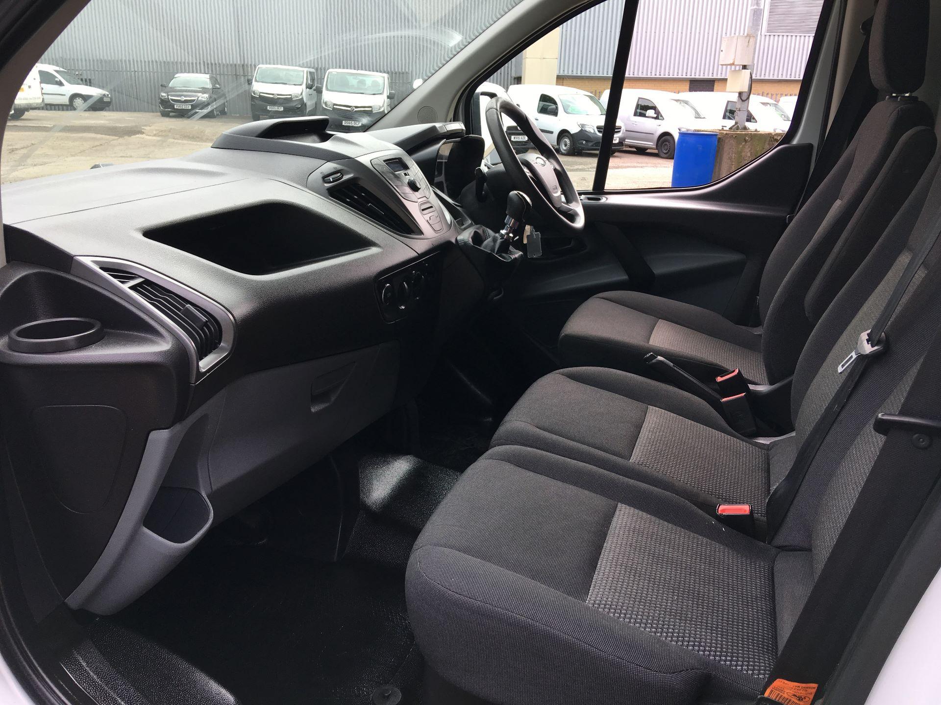 2016 Ford Transit Custom 290 L1 DIESEL FWD 2.0 TDCI 105PS HIGH ROOF VAN EURO 6 (SK66VKG) Image 13