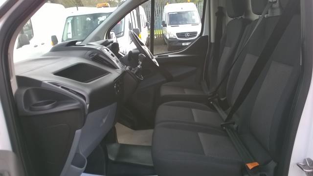 2017 Ford Transit Custom 2.0 TDCI 105PS L1 LOW ROOF VAN EURO6 (SK67OSE) Image 8