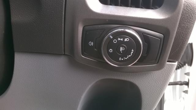 2017 Ford Transit Custom 2.0 TDCI 105PS L1 LOW ROOF VAN EURO6 (SK67OSE) Image 22