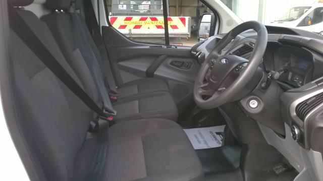 2017 Ford Transit Custom 2.0 TDCI 105PS L1 LOW ROOF VAN EURO6 (SK67OSE) Image 21