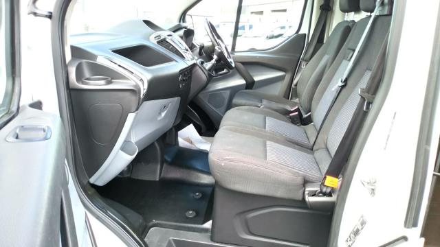2016 Ford Transit Custom 2.0 Tdci 130Ps Low Roof Trend Van (SL66ZKG) Image 25