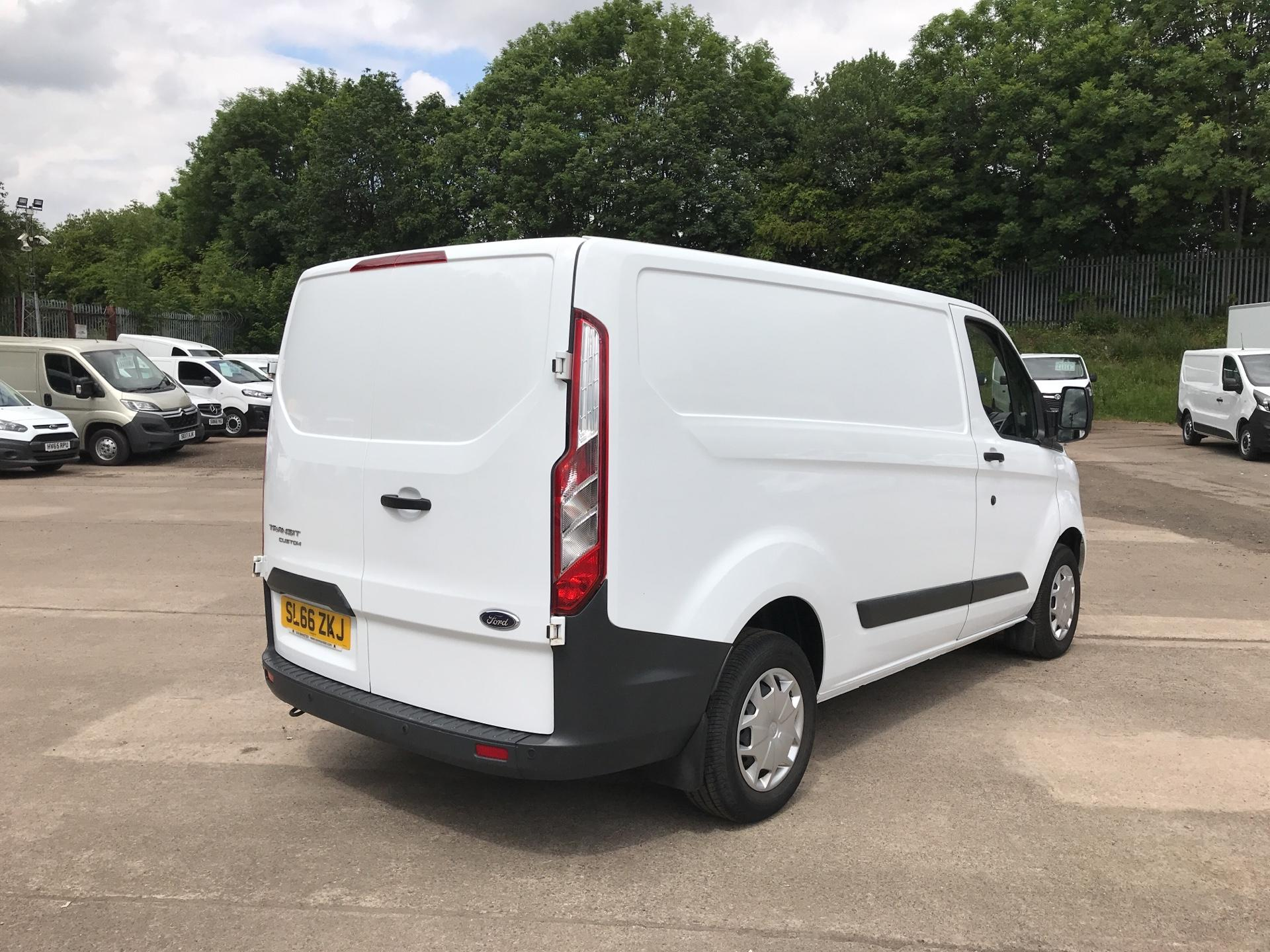 2016 Ford Transit Custom 270 L1 DIESEL FWD 2.0 TDCI 130PS LOW ROOF TREND EURO 6 (SL66ZKJ) Thumbnail 3