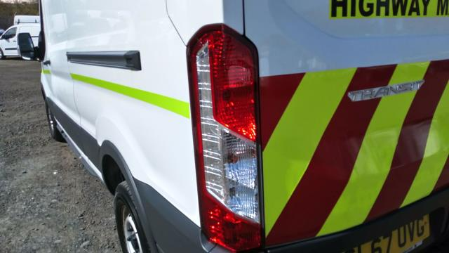 2017 Ford Transit 2.0 Tdci 130Ps H3 Van (SL67UVG) Image 9