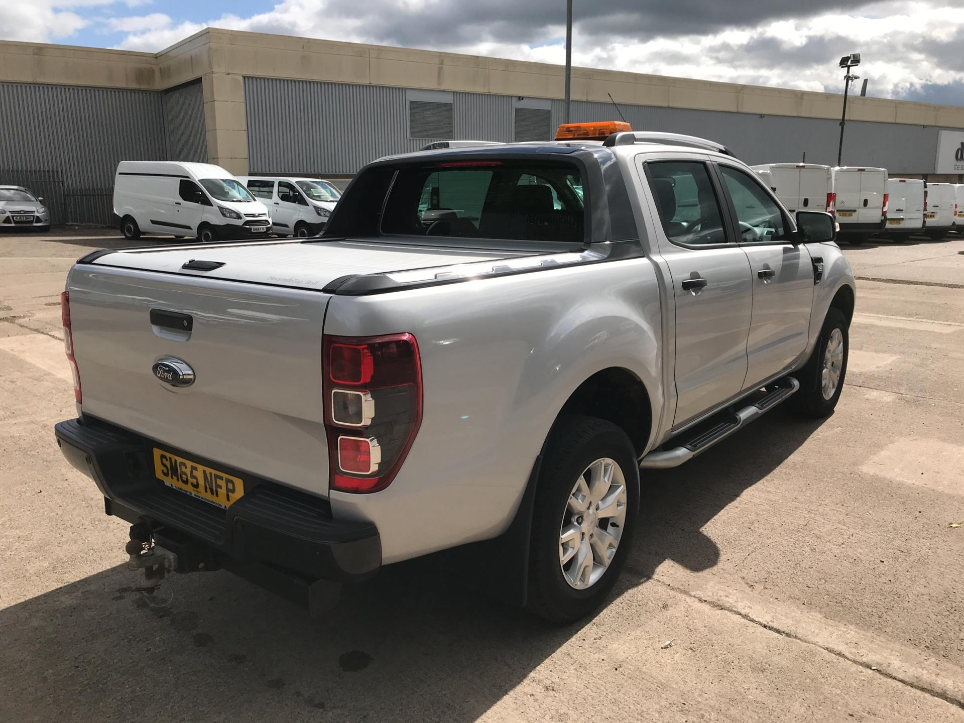 2015 Ford Ranger DOUBLE CAB PICK UP WILDTRAK 3.2 4WD AUTO EURO 5 (SM65NFP) Image 3