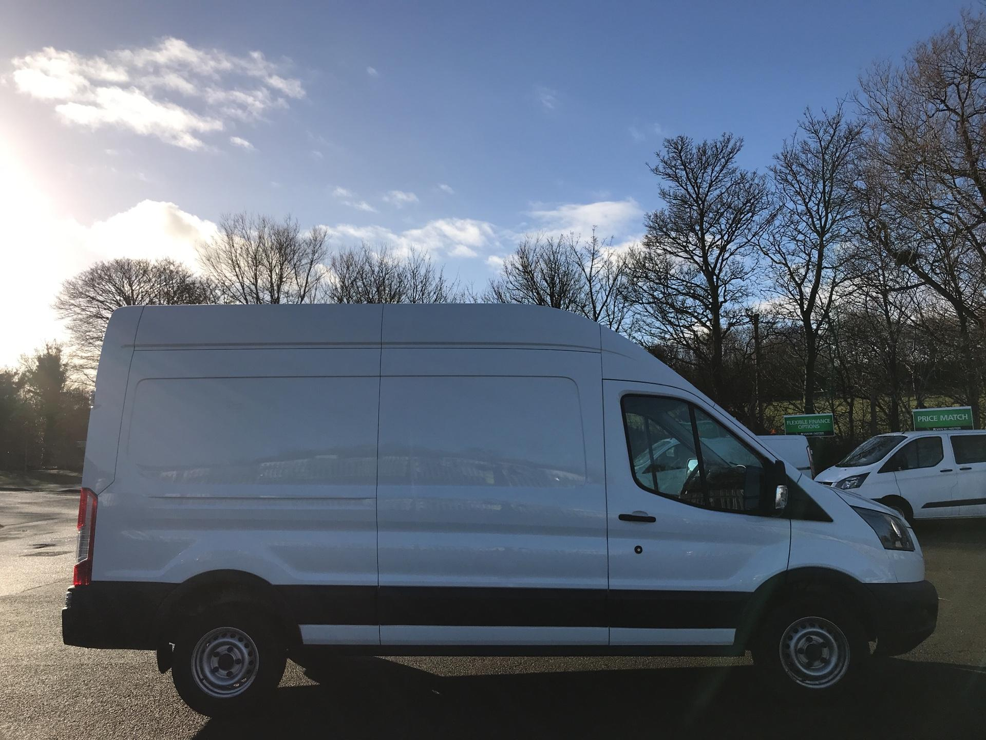 2018 Ford Transit L3 H3 VAN 130PS EURO 6  *VALUE RANGE VEHICLE - CONDITION REFLECTED IN PRICE*  (SM67MZE) Image 2