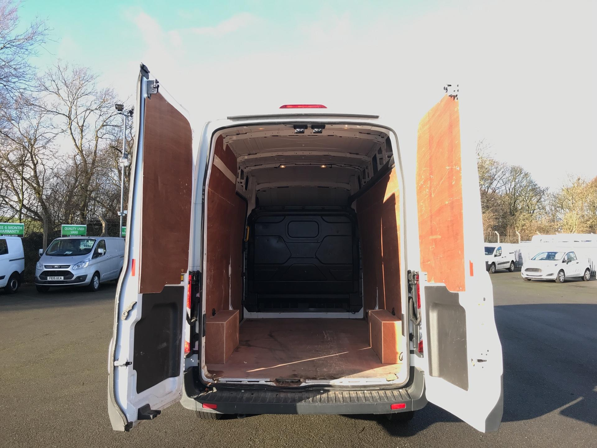 2018 Ford Transit L3 H3 VAN 130PS EURO 6  *VALUE RANGE VEHICLE - CONDITION REFLECTED IN PRICE*  (SM67MZE) Image 17