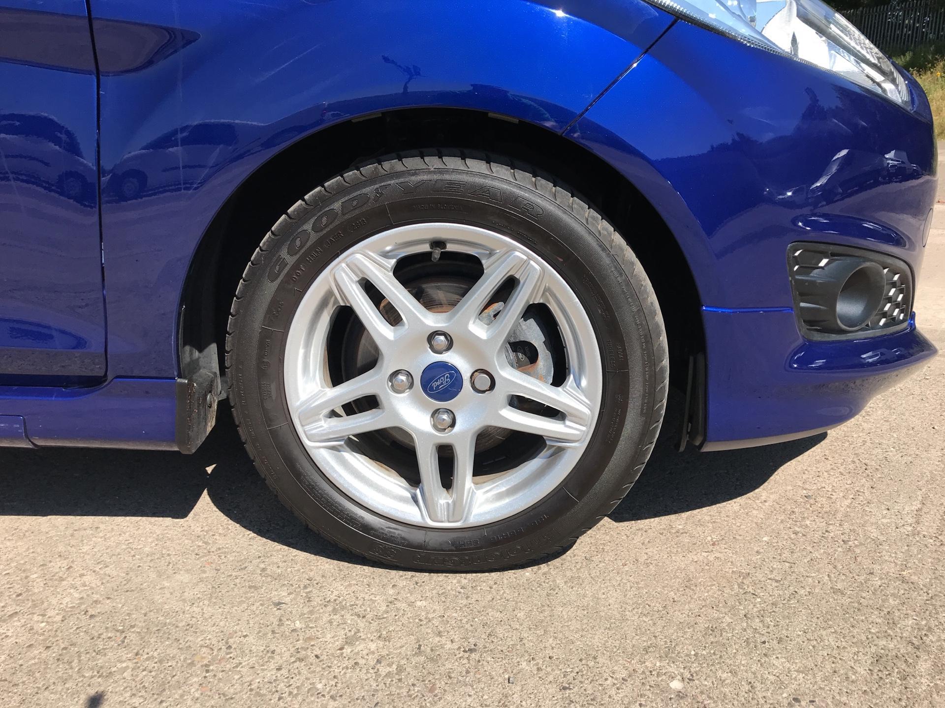 2017 Ford Fiesta DIESEL 1.5 TDCI SPORT VAN EURO 6 (SN17YZK) Image 19