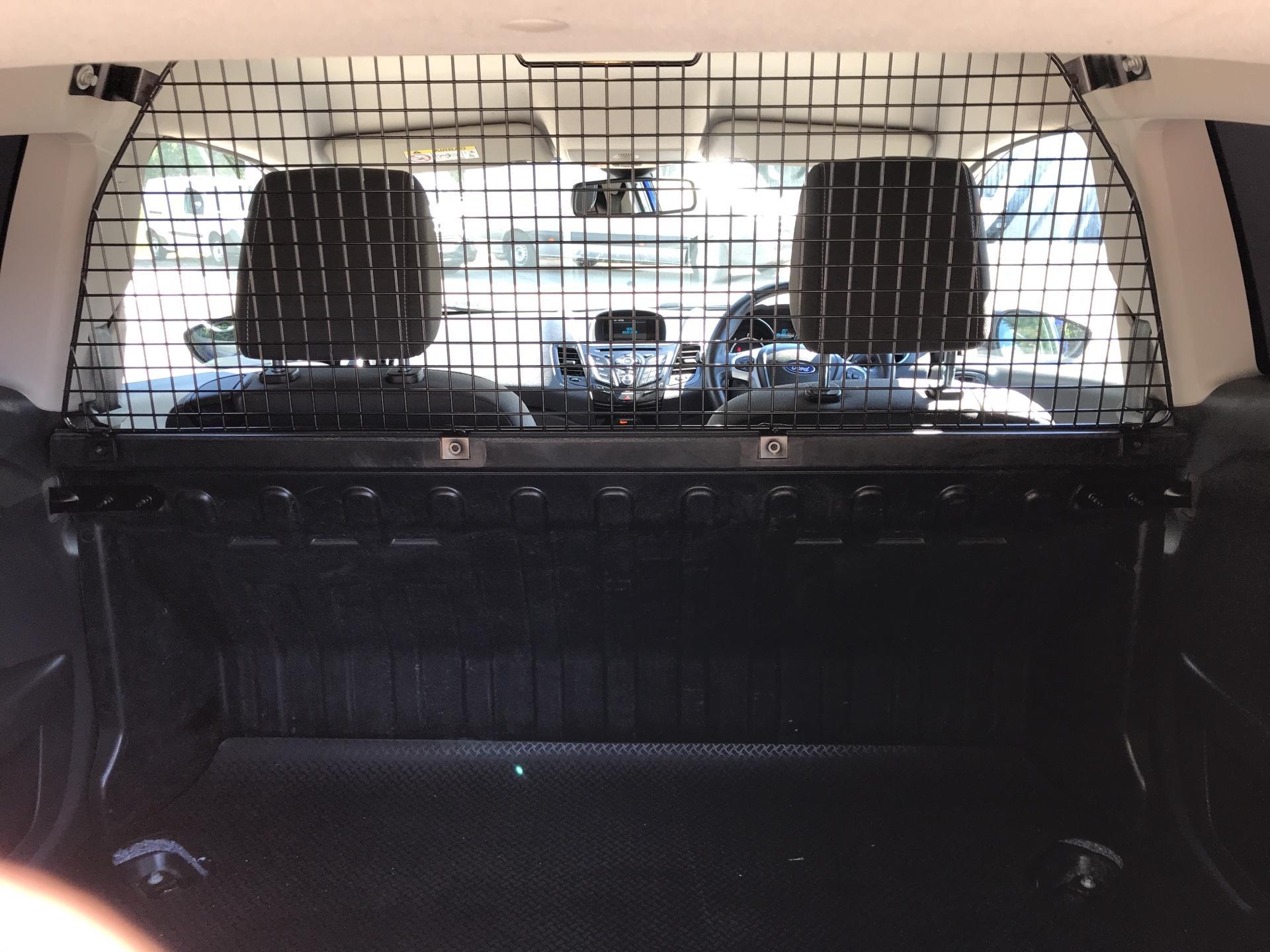 2017 Ford Fiesta DIESEL 1.5 TDCI SPORT VAN EURO 6 (SN17YZK) Image 16
