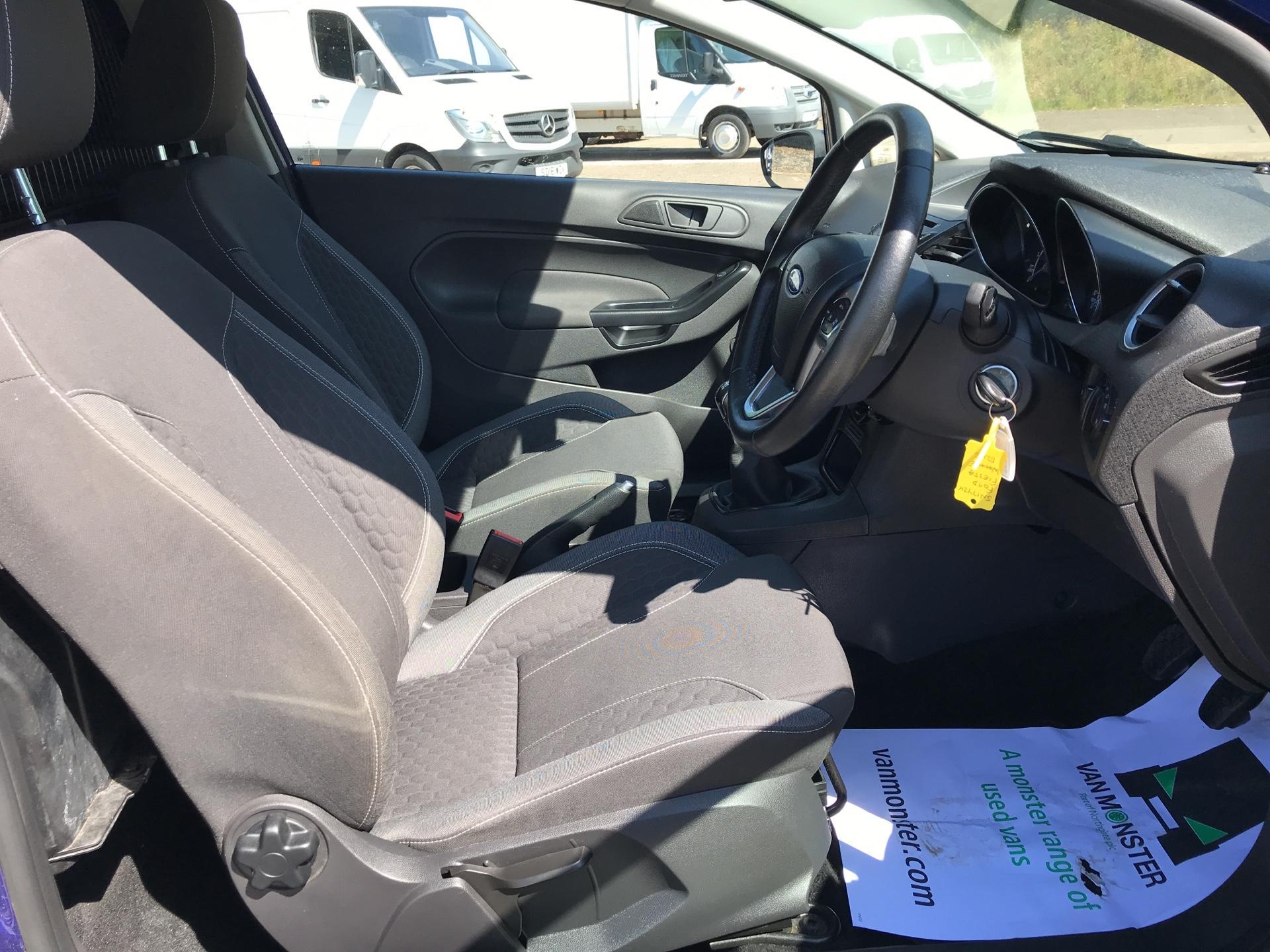 2017 Ford Fiesta DIESEL 1.5 TDCI SPORT VAN EURO 6 (SN17YZK) Image 9