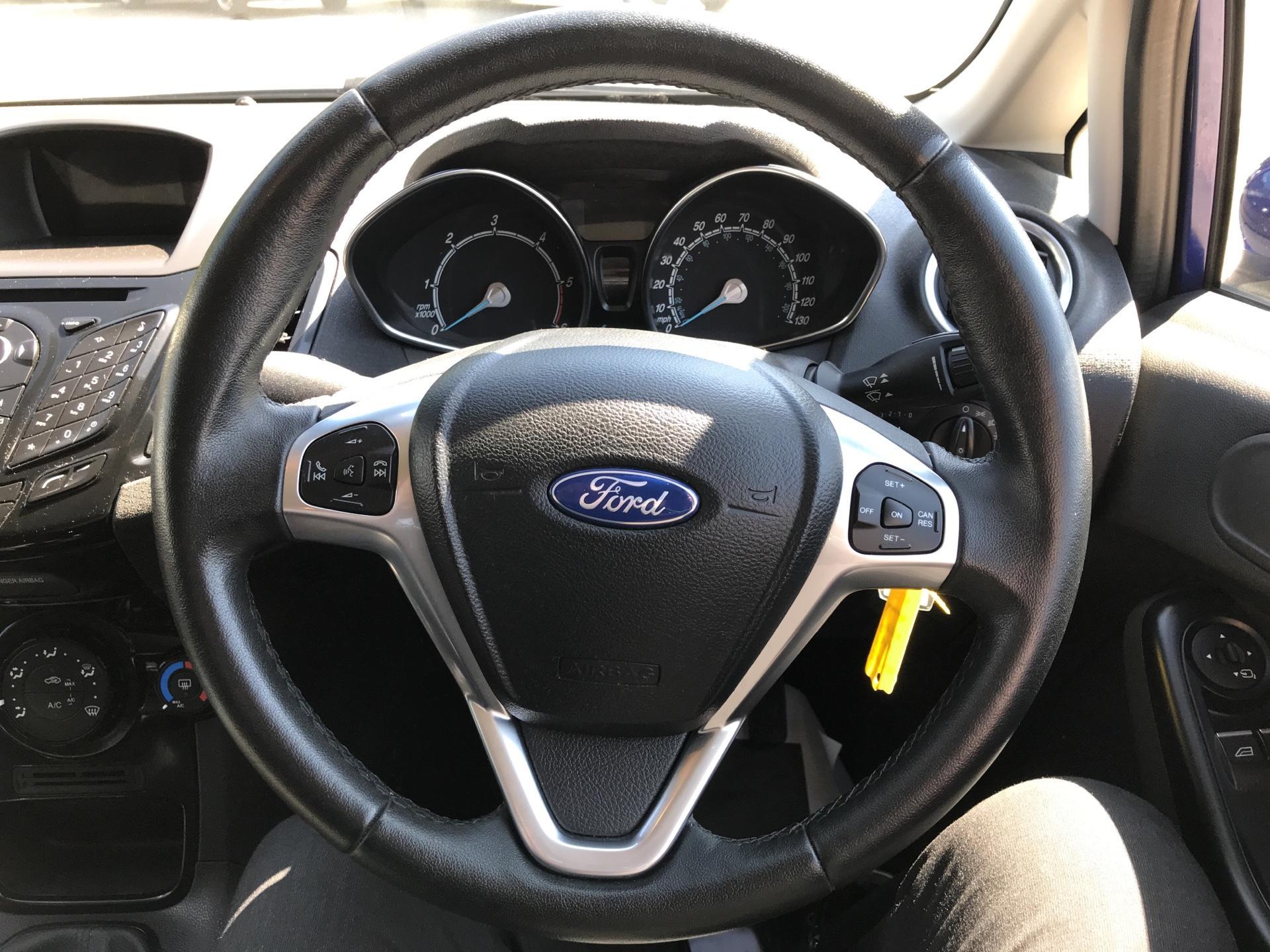 2017 Ford Fiesta DIESEL 1.5 TDCI SPORT VAN EURO 6 (SN17YZK) Image 12