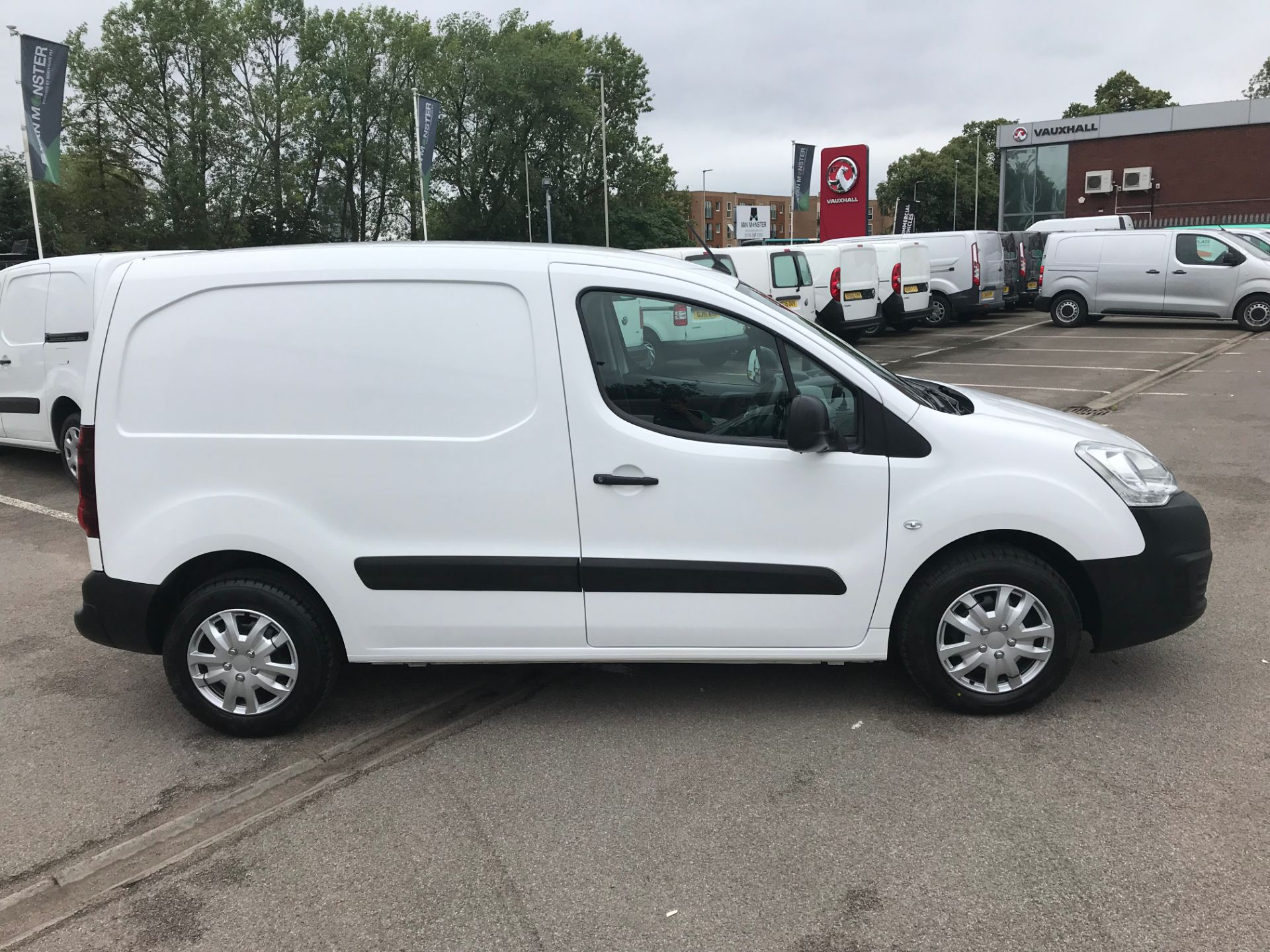 2016 Citroen Berlingo L1 DIESEL 1.6 HDI 625KG ENTERPRISE 75PS EURO 4/5 (SR16BKE) Image 2