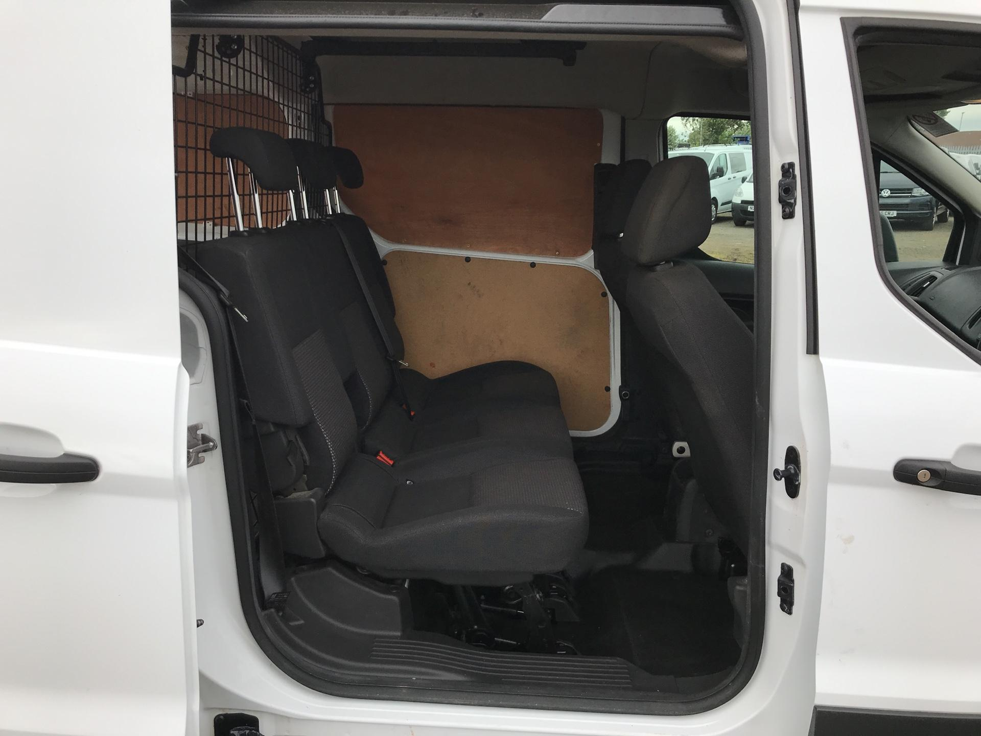 2015 Ford Transit Connect 1.6 Tdci 95Ps D/Cab Van (ST15OYE) Image 16