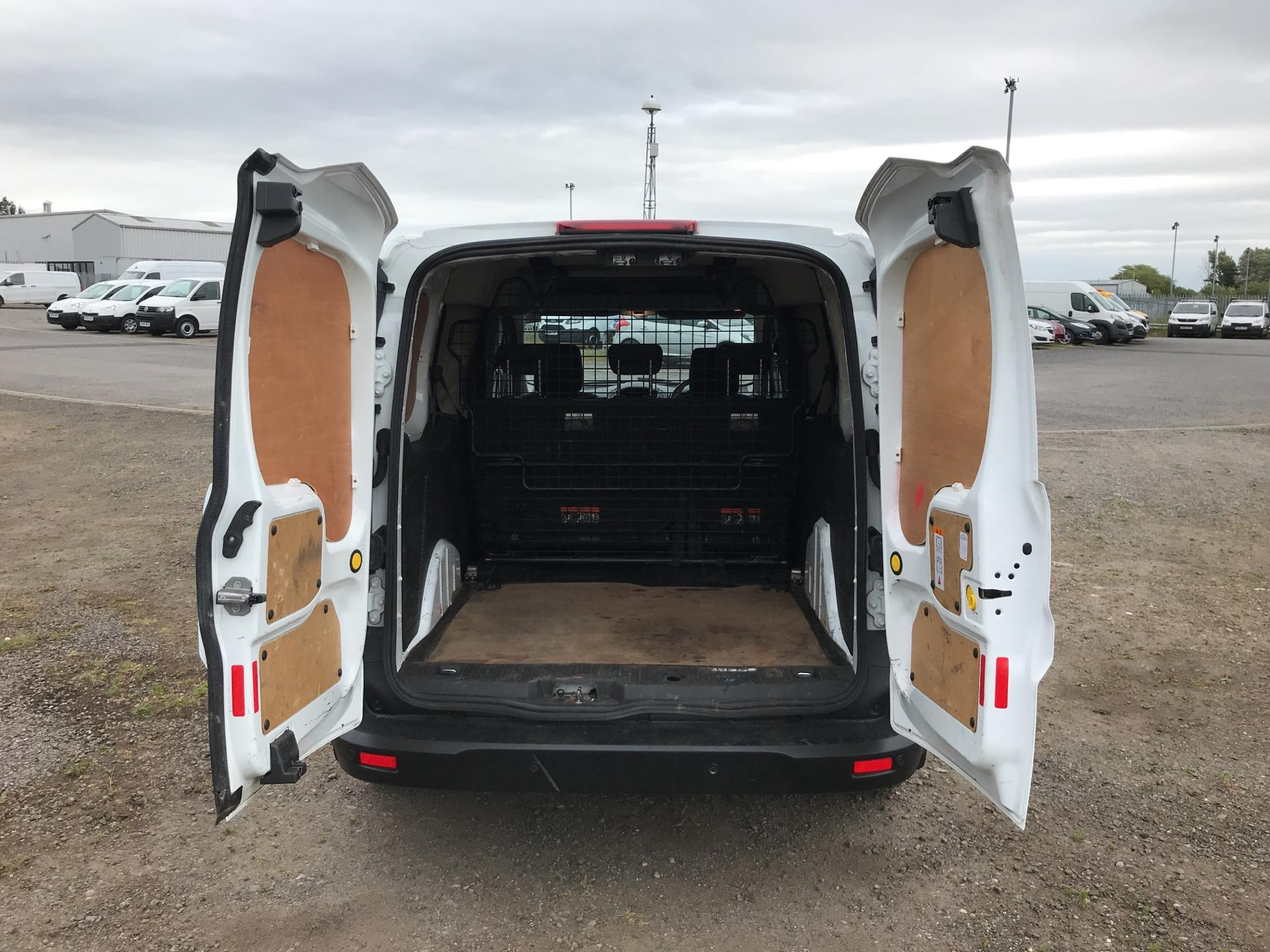 2015 Ford Transit Connect 1.6 Tdci 95Ps D/Cab Van (ST15OYE) Image 18