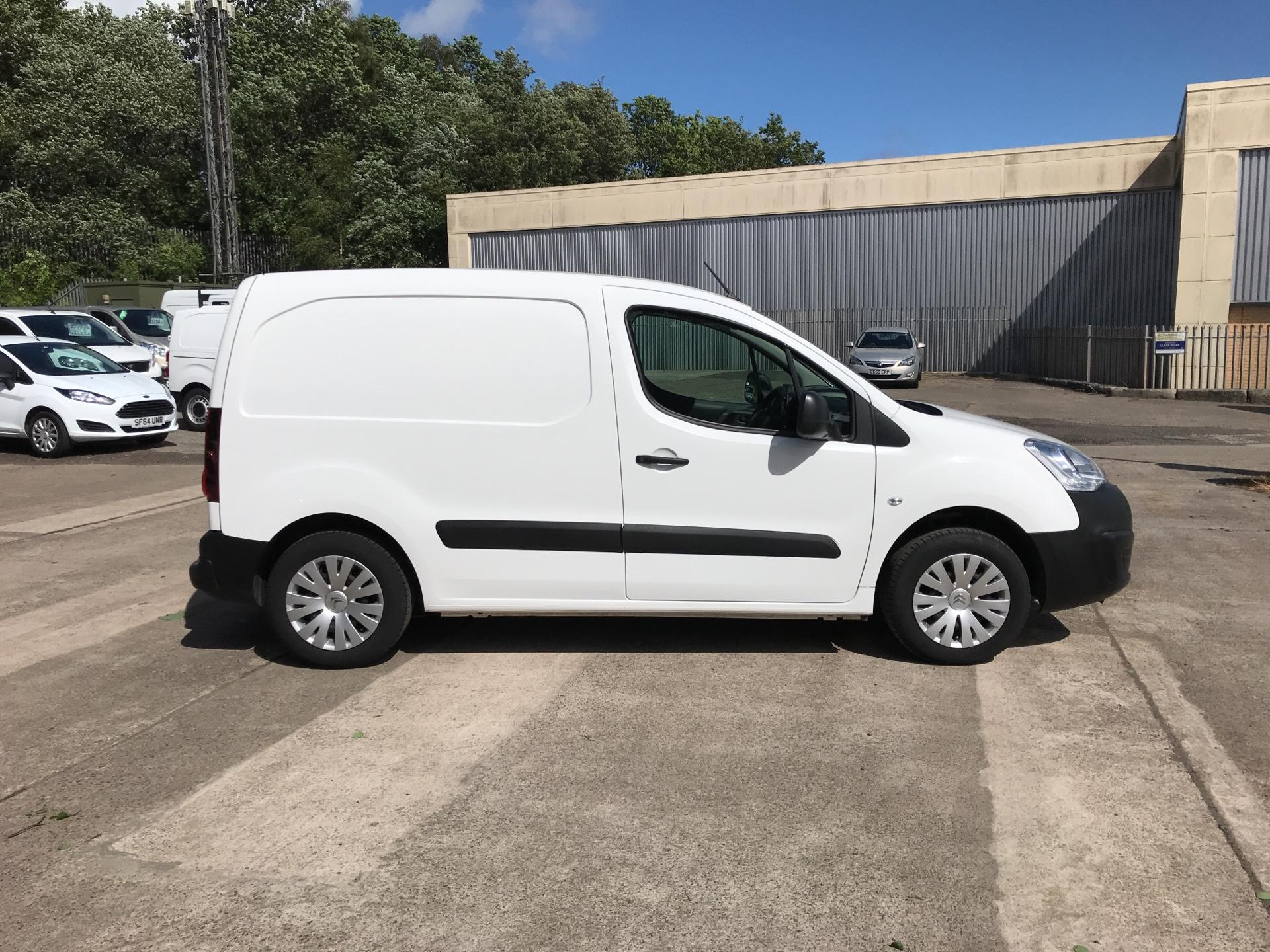 2017 Citroen Berlingo L1 DIESEL 1.6 HDI 625KG ENTERPRISE 75PS EURO 4/5 (ST17NGX) Image 2