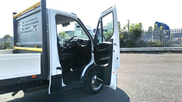 2017 Iveco Daily 2.3 Chassis Cab 3450 Wb (ST67KHM) Image 11