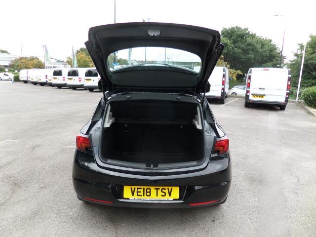 2018 Vauxhall Astra 1.6 Cdti 16V Ecoflex Sri Nav 5Dr (VE18TSV) Image 4