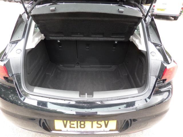 2018 Vauxhall Astra 1.6 Cdti 16V Ecoflex Sri Nav 5Dr (VE18TSV) Image 5