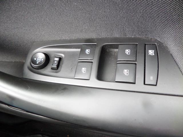 2018 Vauxhall Astra 1.6 Cdti 16V Ecoflex Sri Nav 5Dr (VE18TSV) Image 19