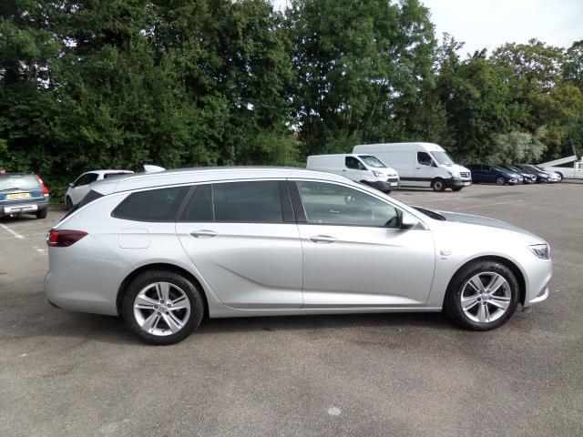2018 Vauxhall Insignia 2.0 Turbo D Sri Nav 5Dr Estate Euro 6 (VE18TVJ) Image 2