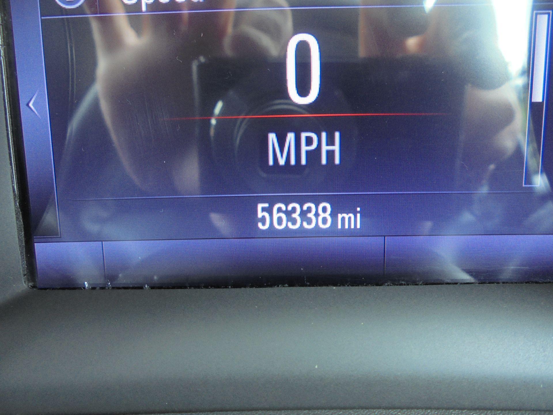 2018 Vauxhall Astra 1.6 Cdti 16V Ecoflex Sri Nav 5Dr (VE18TXA) Image 13
