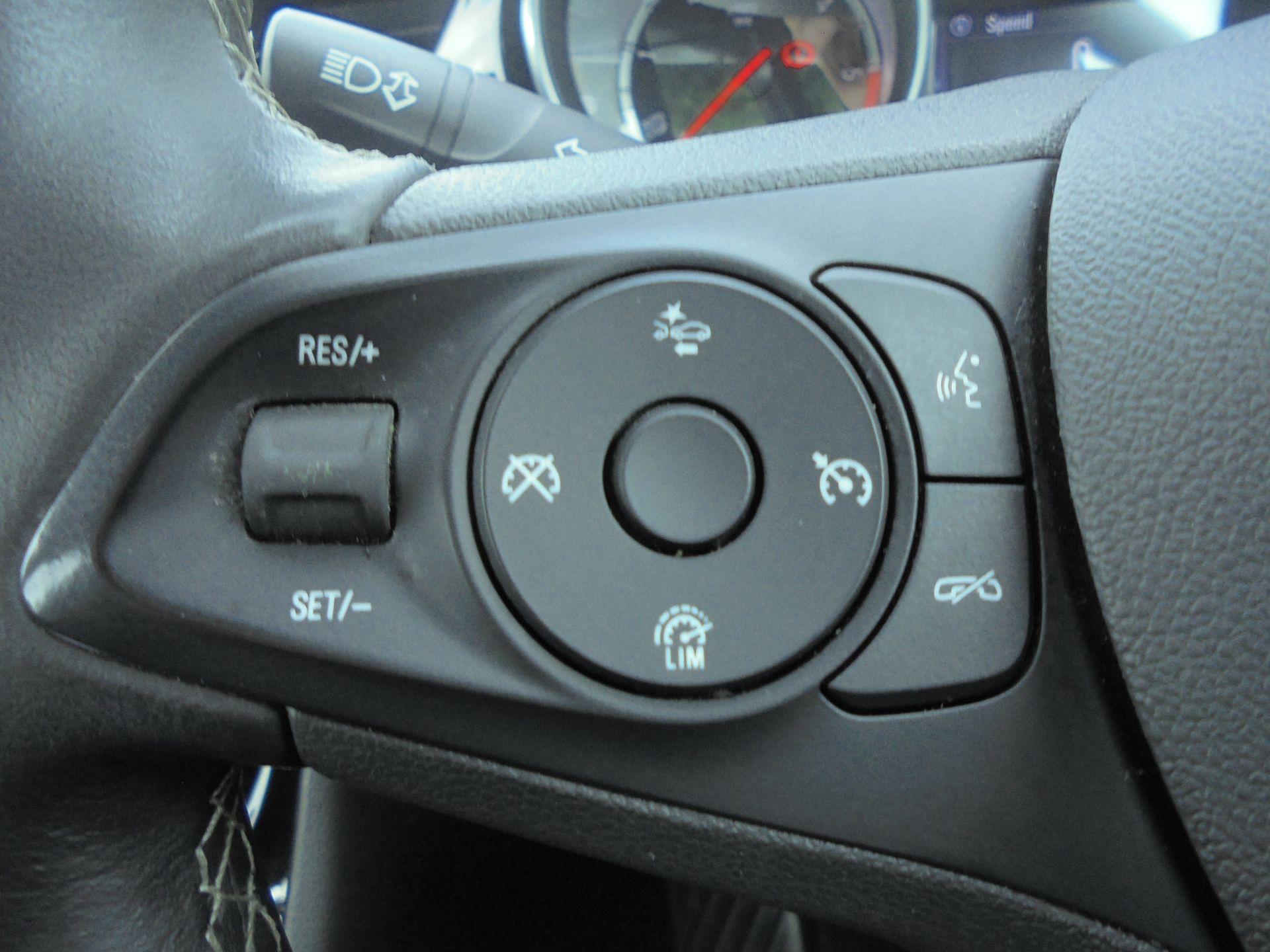 2018 Vauxhall Astra 1.6 Cdti 16V Ecoflex Sri Nav 5Dr (VE18TXA) Image 16