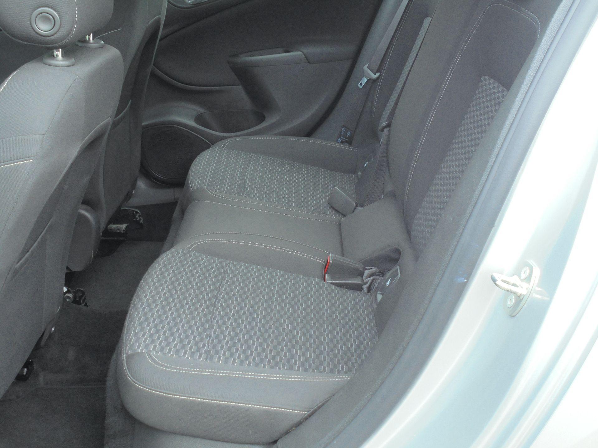 2018 Vauxhall Astra 1.6 Cdti 16V Ecoflex Sri Nav 5Dr (VE18TXA) Image 6