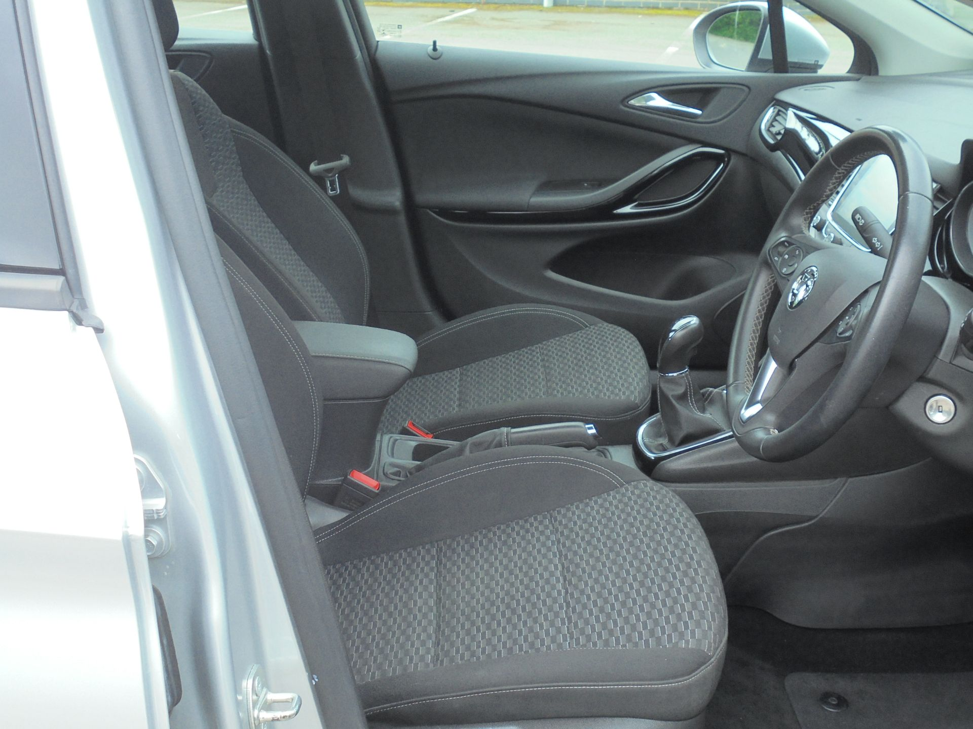 2018 Vauxhall Astra 1.6 Cdti 16V Ecoflex Sri Nav 5Dr (VE18TXA) Image 12