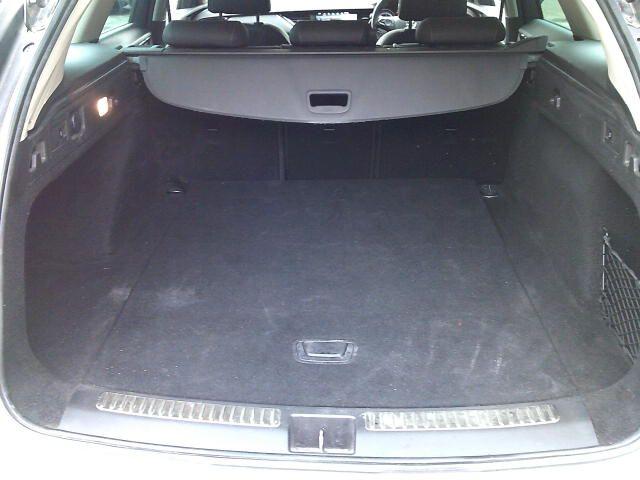 2018 Vauxhall Insignia 2.0 Turbo D Sri Nav 5Dr Sport Tourer  (VE18UAS) Image 20