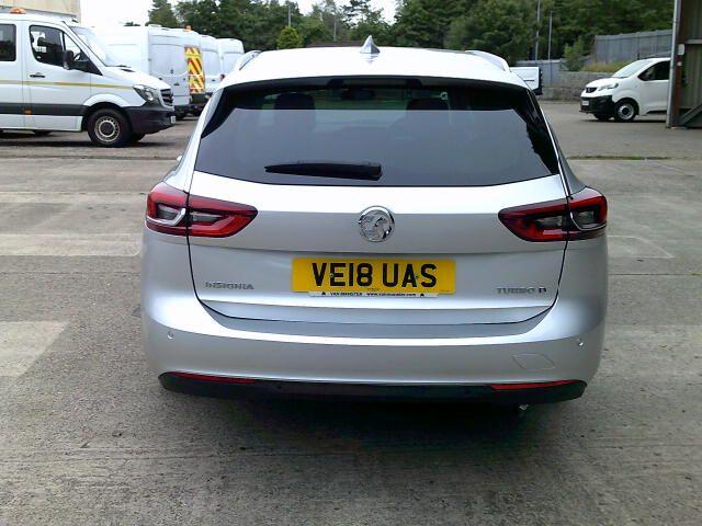 2018 Vauxhall Insignia 2.0 Turbo D Sri Nav 5Dr Sport Tourer  (VE18UAS) Image 12