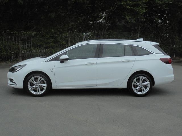 2018 Vauxhall Astra 1.6 Cdti 16V 136 Sri Nav 5Dr (VN18FVK) Image 4