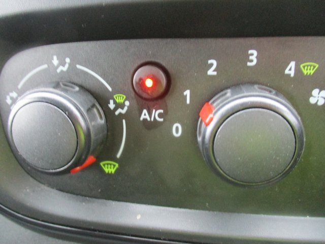2018 Vauxhall Vivaro L1 H1 2900 1.6 120PS SPORTIVE EURO 6. AIR CON. SAT NAV (VN67URW) Image 23