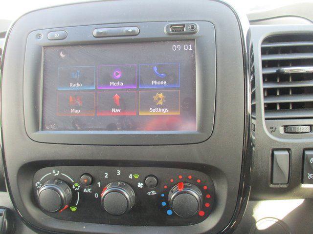 2018 Vauxhall Vivaro L1 H1 2900 1.6 120PS SPORTIVE EURO 6. AIR CON. SAT NAV (VN67URW) Image 15