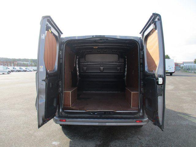 2018 Vauxhall Vivaro L1 H1 2900 1.6 120PS SPORTIVE EURO 6. AIR CON. SAT NAV (VN67URW) Image 10