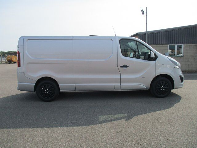 2018 Vauxhall Vivaro L2 H1 2900 1.6CDTI 120PS SPORTIVE EURO 6. AIR CON (VN67UVV) Image 4